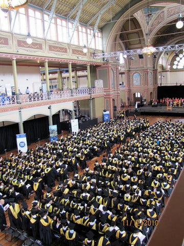 UoM graduation Video 11am, Saturday 12 Dec 2015 East