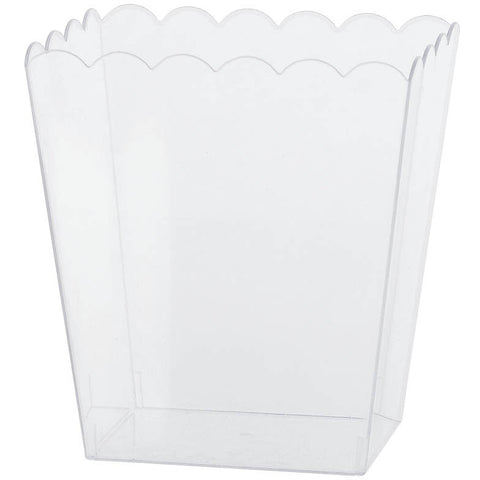 Clear Medium Scalloped Plastic Container