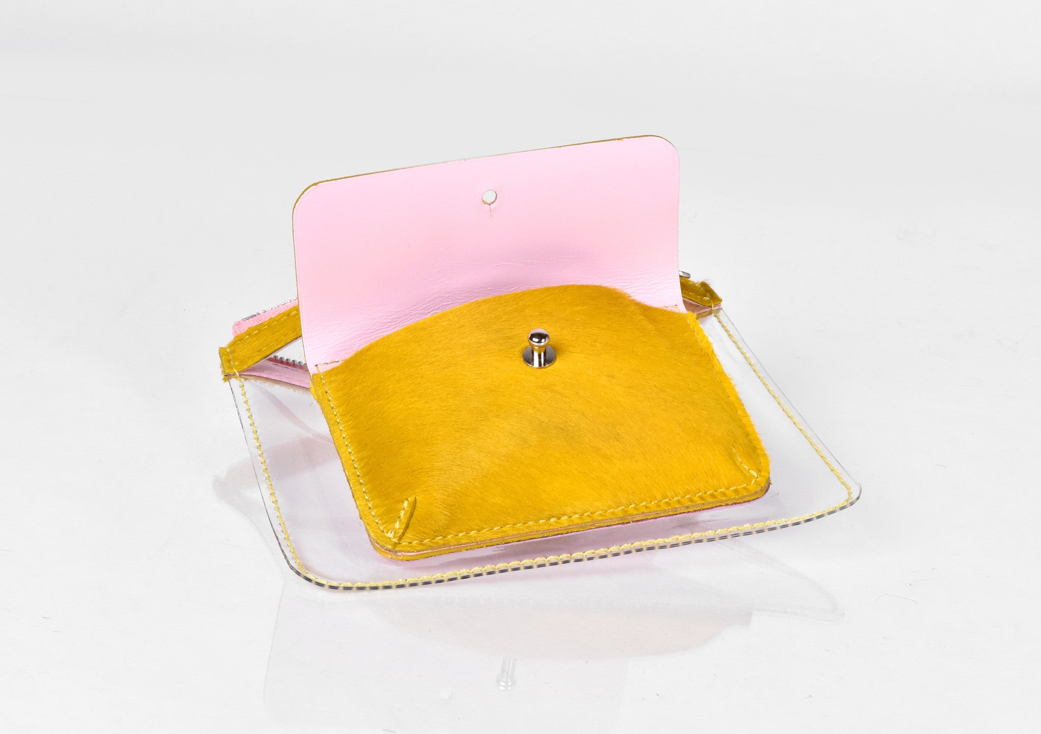 Barnett Wallet yellow hair