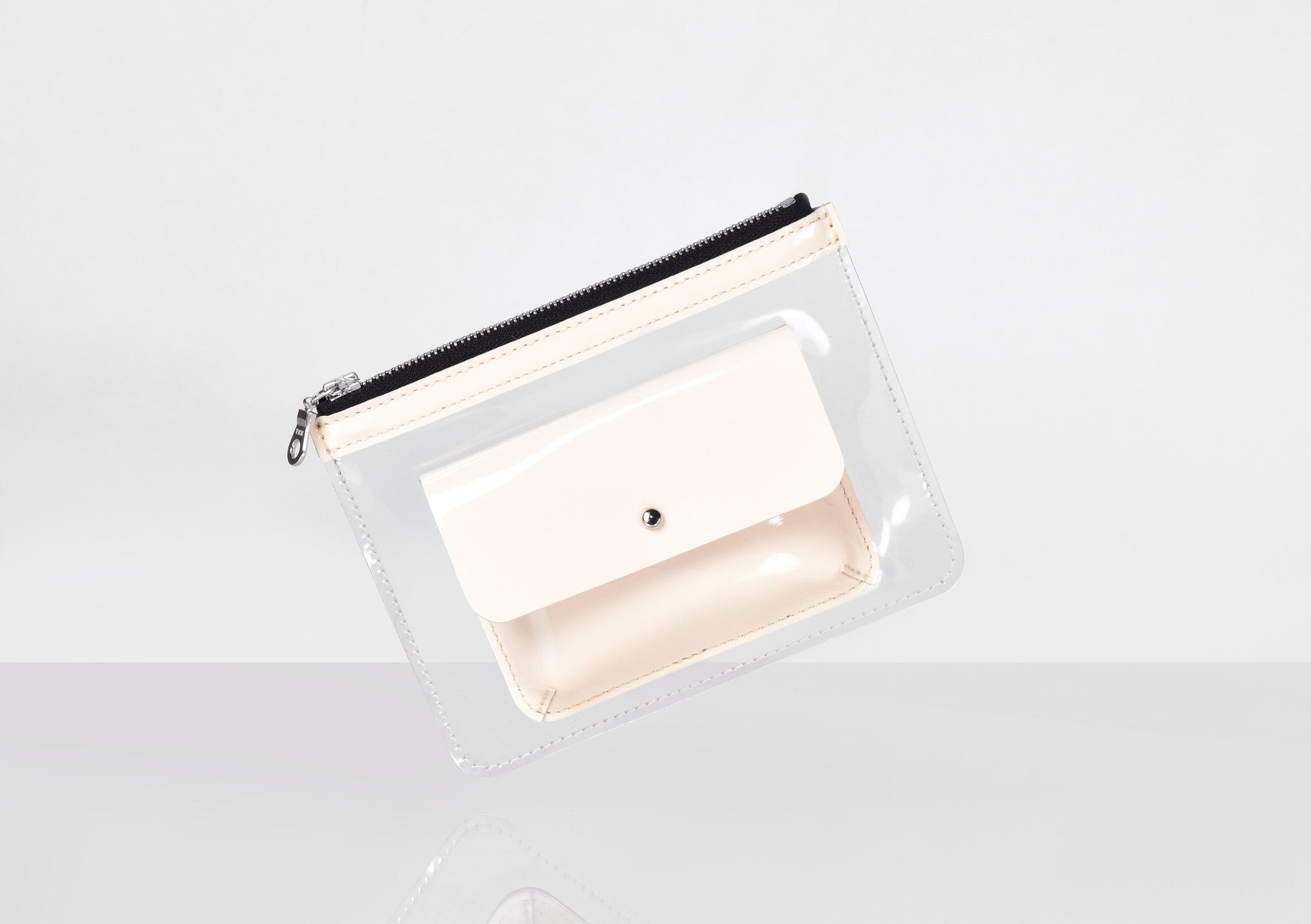 Barnett Wallet nude patent leather