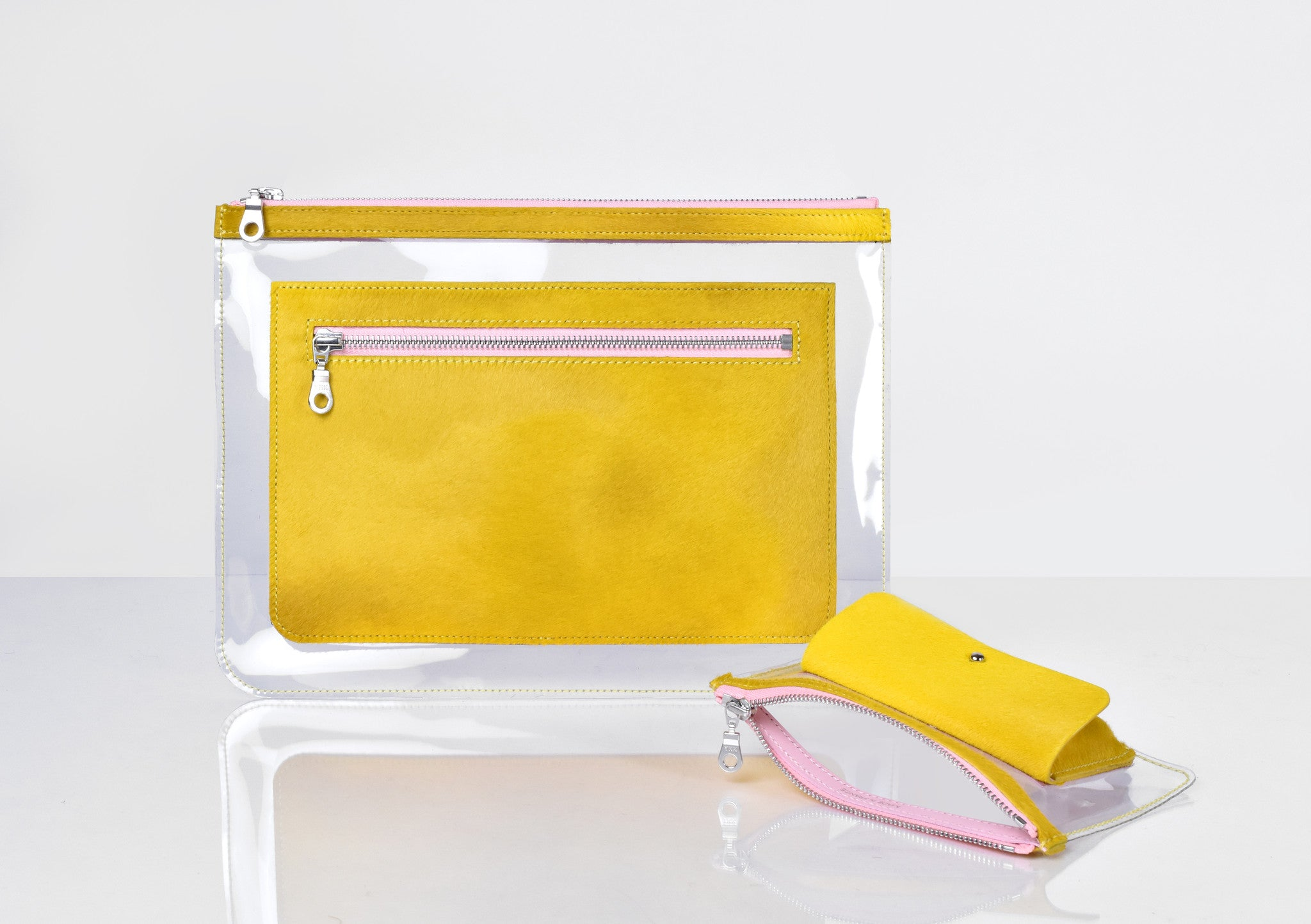 Barnett Clutch yellow hair