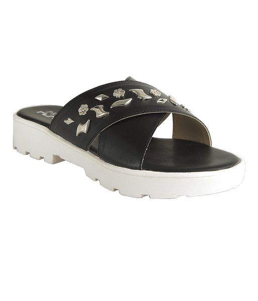 SUPER STUDDED FOOTWEAR - Presa