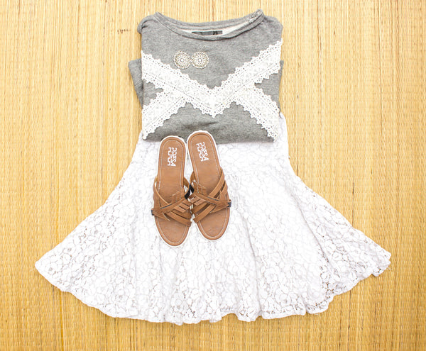 Team up these PRESA ARROWHEADS with a lacey floral dress. - Presa