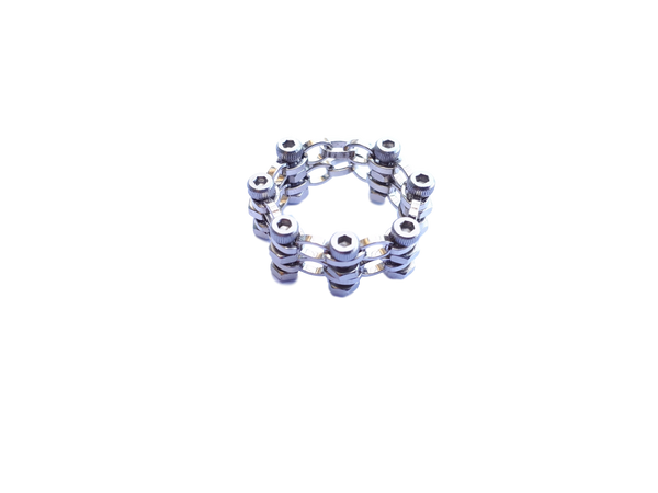 Silver link chain ring