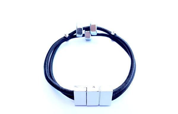 3 nuts leather bracelet