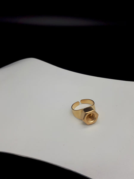Giant single nut ring