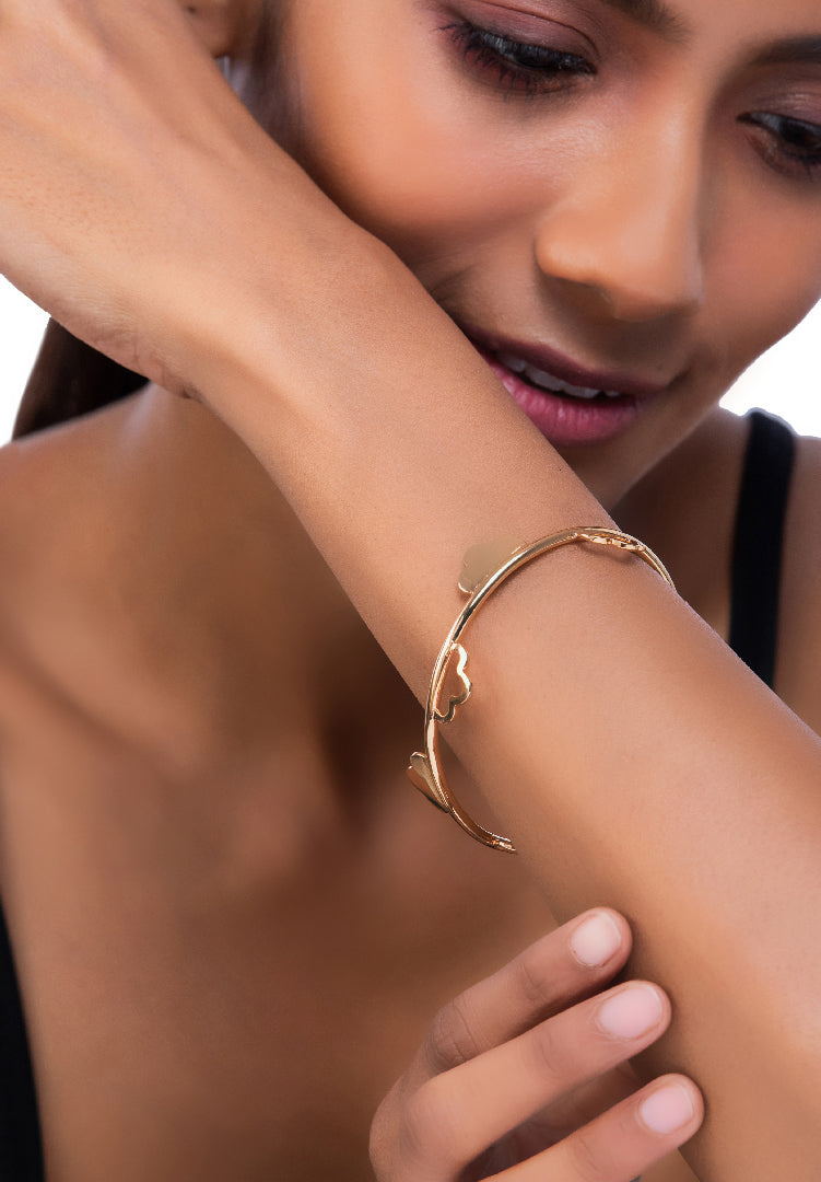 Demi Fleur Gold Bangle