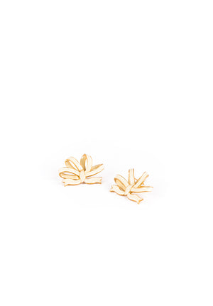Vintage Bow Earrings - Gold and Ivory