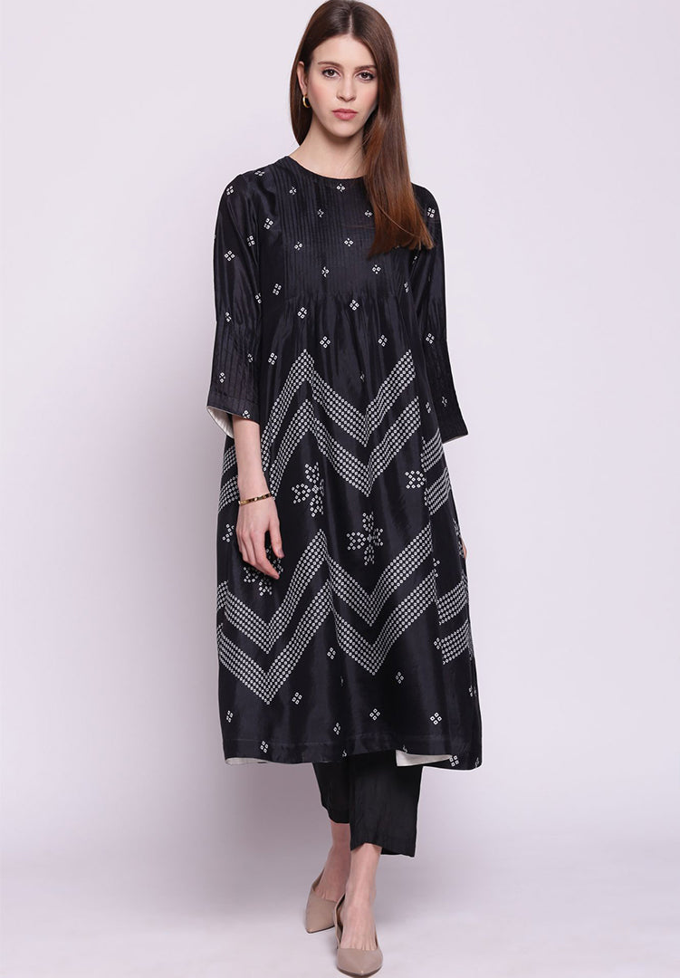 Chevron Bandhani Pintuck Silk Kurta with Pants - Black