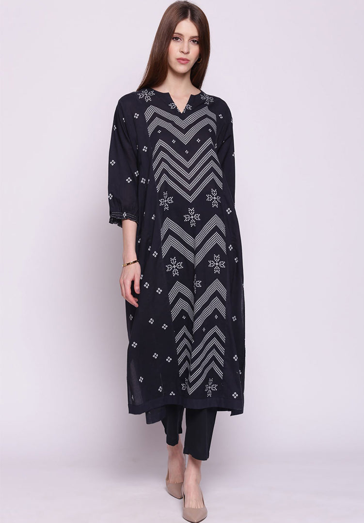 Chevron Bandhani Straight Kurta with Pants - Black