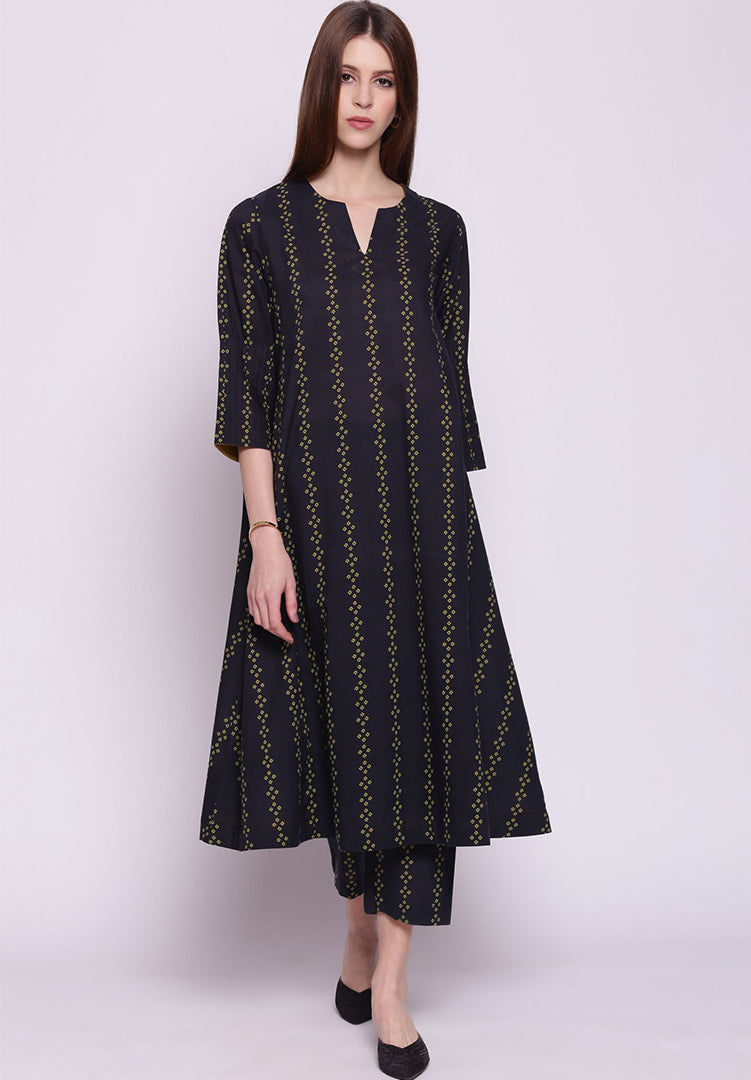 Vertical Stripes Black and Olive Kali Kurta with Pants