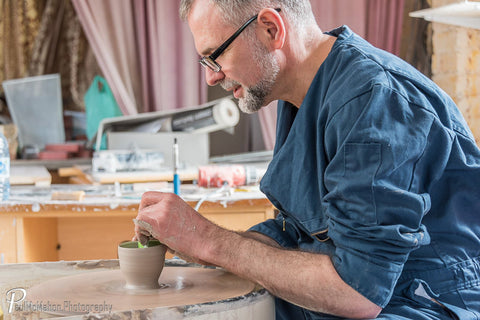 Alan McCluney at work making wonderful ceramic bowls