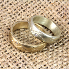 example of an heirloom jewellery transformed into a wedding band