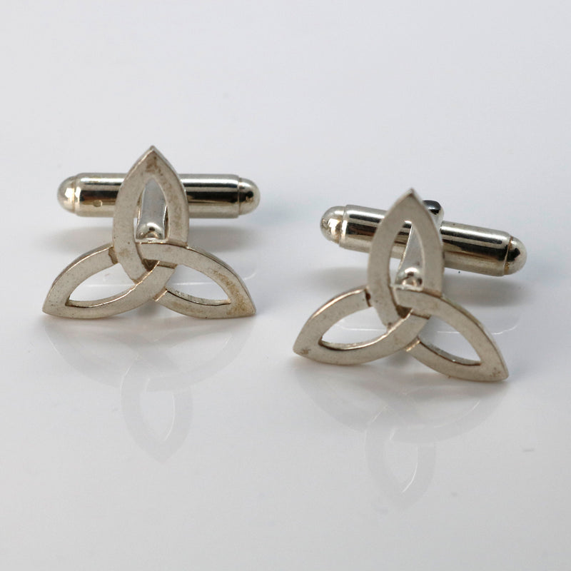 Sterling Silver Cufflinks with Trinity Knot Celtic pattern - Robert Spotten