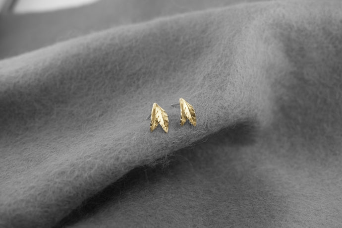 Leaf Stud in 9ct Yellow Gold