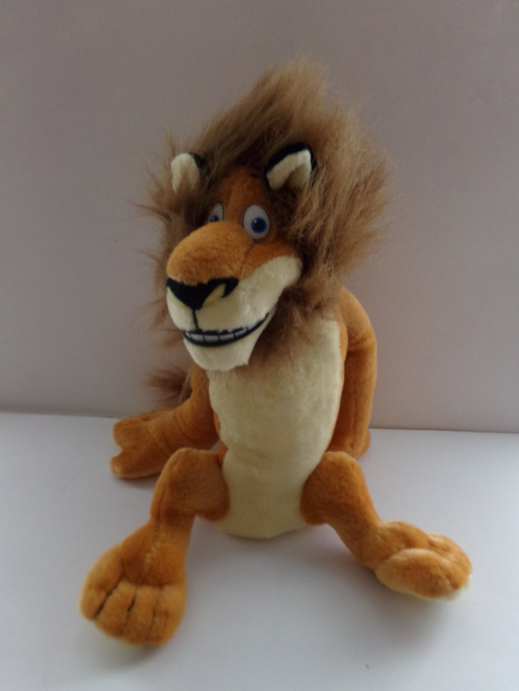 Madagascar Alex Plush - We Got Character