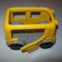 Fisher Price Little People Bus and Crossing Guard - We Got Character