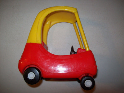 Little Tikes Dollhouse Size Cozy Coupe Car Red & Yellow-We Got Character