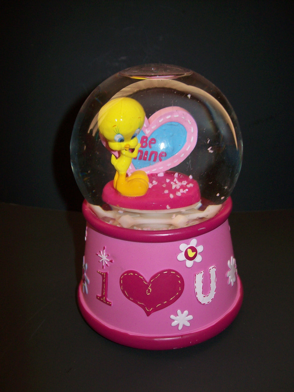 Tweety Bird Musical Snowdome Love
