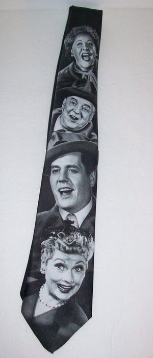 I Love Lucy Neck Tie Lucy & Gang-We Got Character