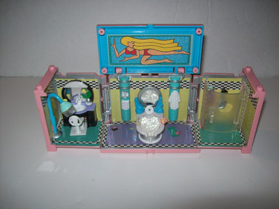 Bluebird Polly Pocket, Doll, Beauty Salon Spa - We Got Character
