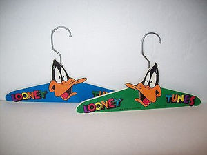 Looney Tunes Wooden Hangers Daffy Duck-We Got Character