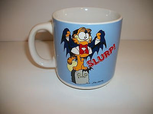 Garfield Halloweeen Coffee Cup Slurp-We Got Character