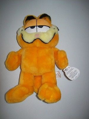 Garfield 11 in Plush By Play and Play