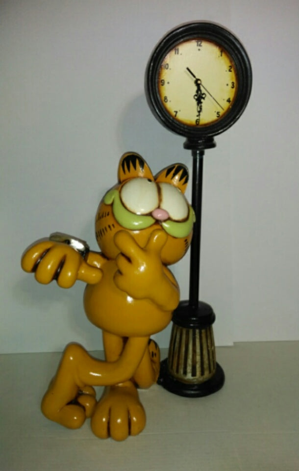 Garfield 2 Feet Tall Figure - Statue Garfield With Clock By Paws-We Got Character