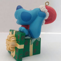 2000 Hallmark Keepsake Blue's Clues Surprise Package Holiday Christmas Ornament