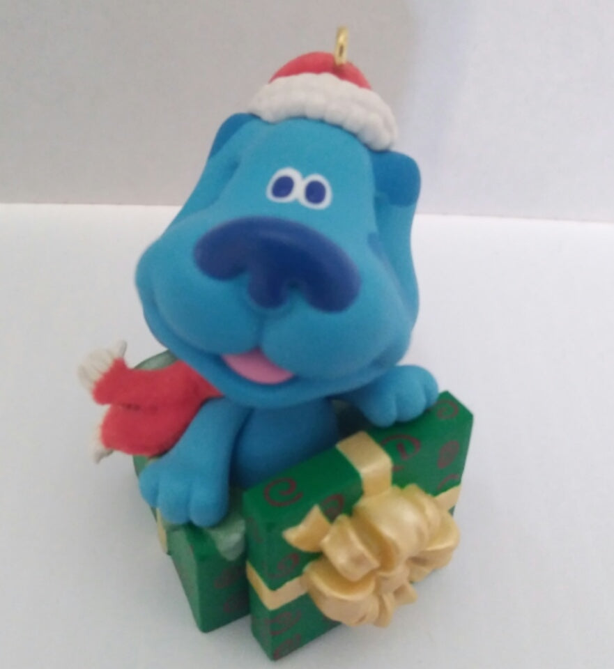 2000 Hallmark Keepsake Blue's Clues Surprise Package Holiday Christmas Ornament-We Got Character