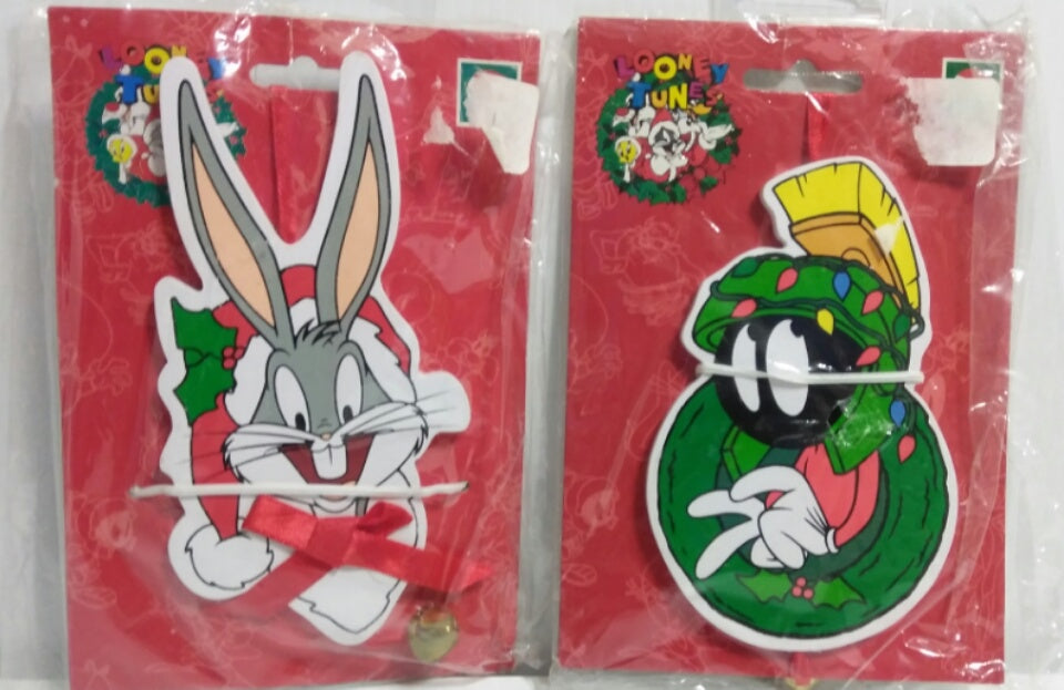 Looney Tunes Bugs Bunny, Marvin Kurt Adler Ornaments- We Got Character