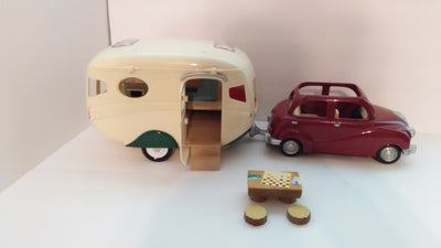 Calico Critter Camper, Cherry Cruiser - We Got Character