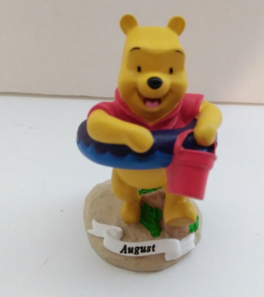 Disney Home August Figurine Winnie The Pooh  - We Got Character