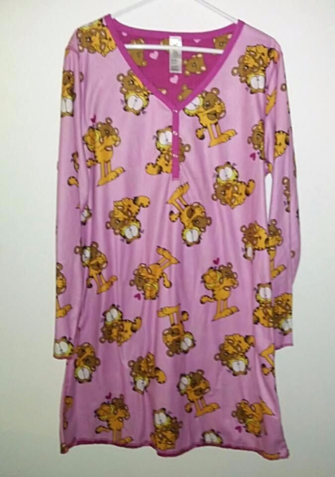 Garfield Pooky Pink Reversible Night Gown - We Got Character