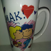 Peanuts Lucy and Schroeder SMACK Valentine Cup-We Got Character