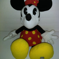 Minnie Mouse Plush-We Got Character
