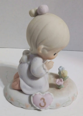 Precious Moments Growing in Grace Figurine Age 3-We Got Character