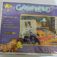 Garfield Twin Sheets-We Got Character