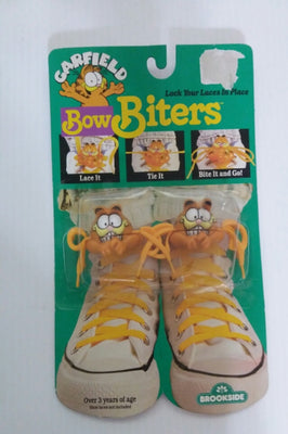 1989 Vtg Garfield Bow Biters-We Got Character