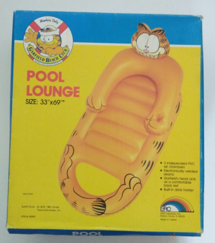 Garfield Pool Lounge-We Got Character