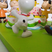 HTF Peanuts Snoopy Happy Birthday Figurine Scene