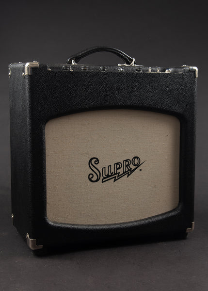 Supro Pigtronix Full Boar 2010