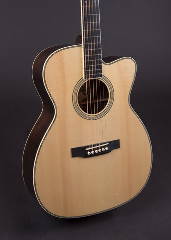 Collings OM2HBaaGSS Cut 2008