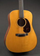 Martin D-18 Authentic 1939 Aged 2017