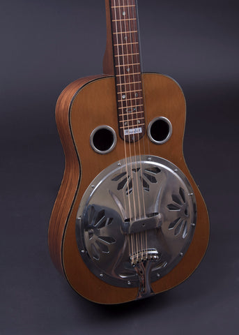 Meredith Square Neck Resonator 2005