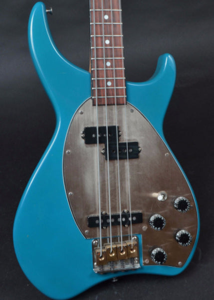 Daion Bass - Carter Vintage Guitars