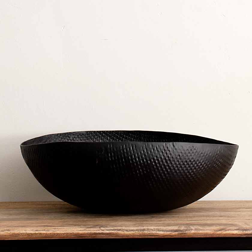 Black Crosshatch Aluminum Bowl Extra Large