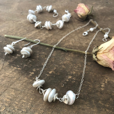 Silver Pearl Cairn Necklace