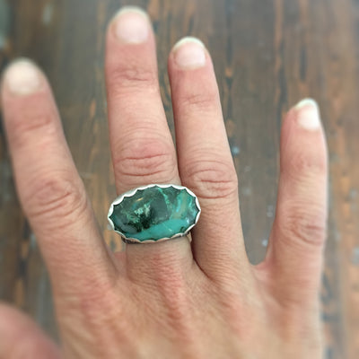 Scalloped Chrysoprase Ring